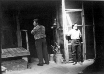 theatre-lescapade-la-visite-des-sauvages-ou-lile-en-forme-de-tete-de-vache-3